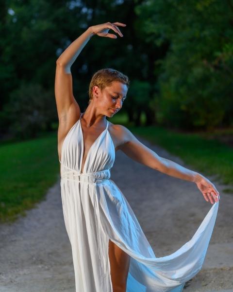 portrait_Elegance-dancer-two-Strobes