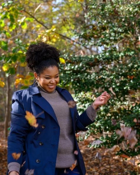 portrait_Embrace-the-Season-Portrait-Leaves-Fall
